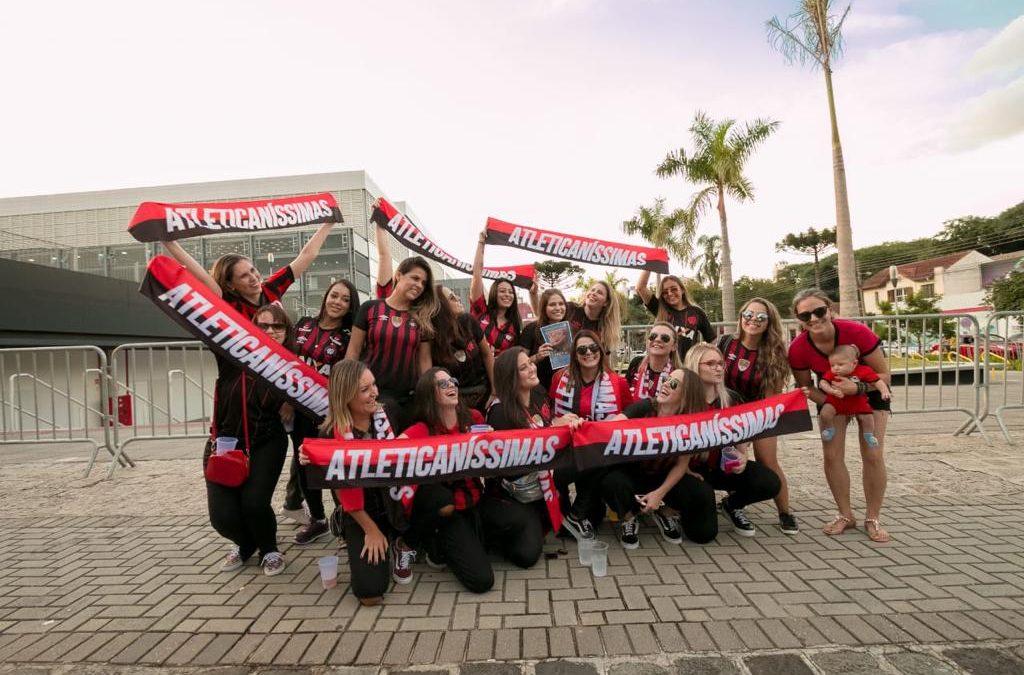 CONMEBOL – A Força Feminina na Arquibancada